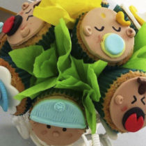 Cupcakes shower niño